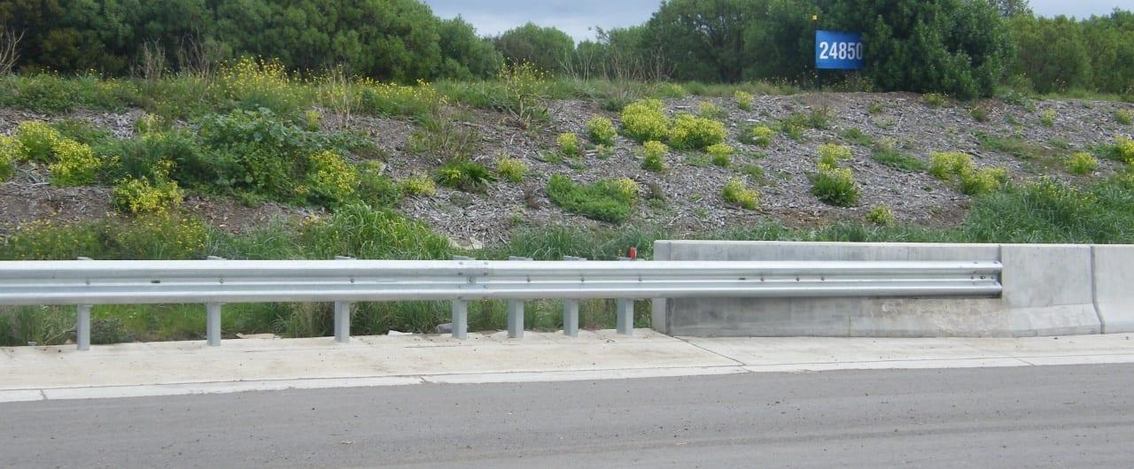 bridge approaches guardrail system