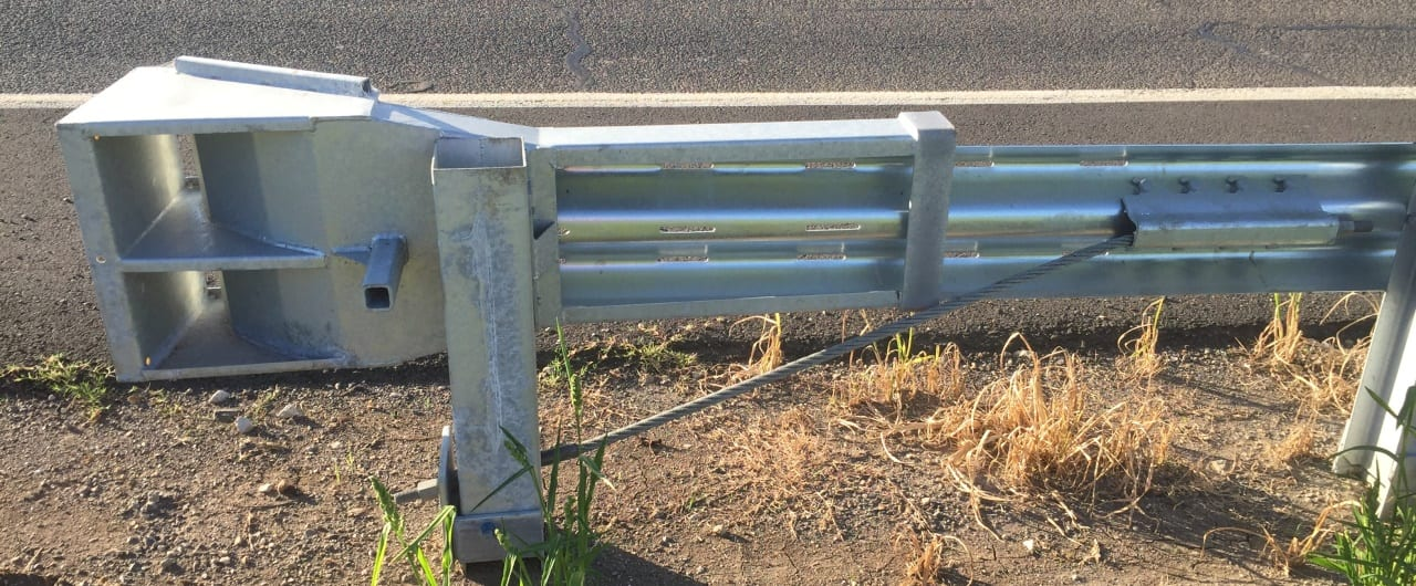 flat end terminal crash barriers