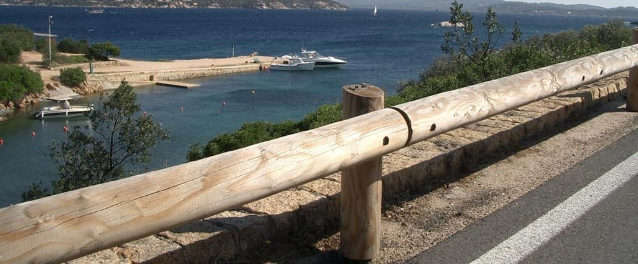 road barrier protection with t18 log rail