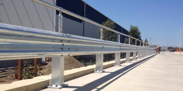 warehouse rigid post safety barrier