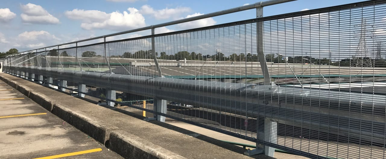 rhino stop sky edge type 6 installed at the top level on sydney market car park