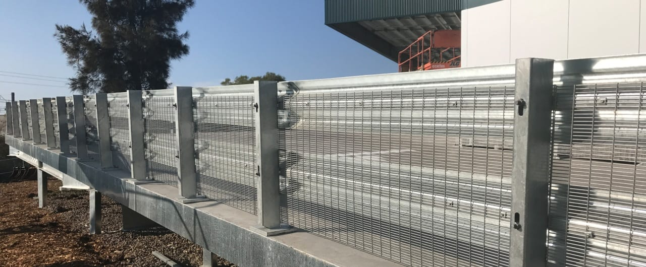 bunnings bellambi fall protection with rhino stop truck guard with mesh infill