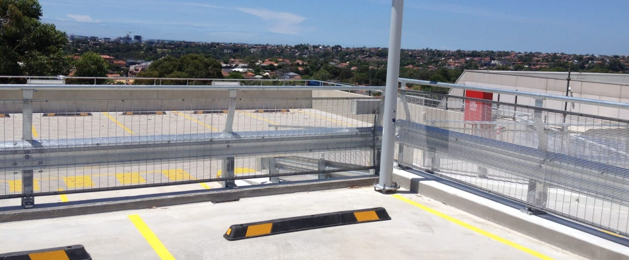 rhino stop sky edge fall protection installation at coles toroonga