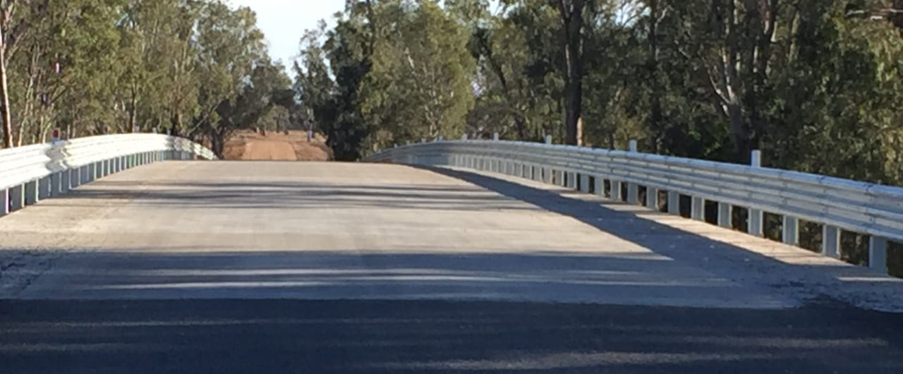 thrie beam guardrail for the narrabri bridge project