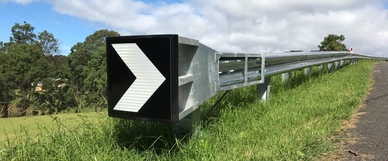 narrow system width ramshield guardrail