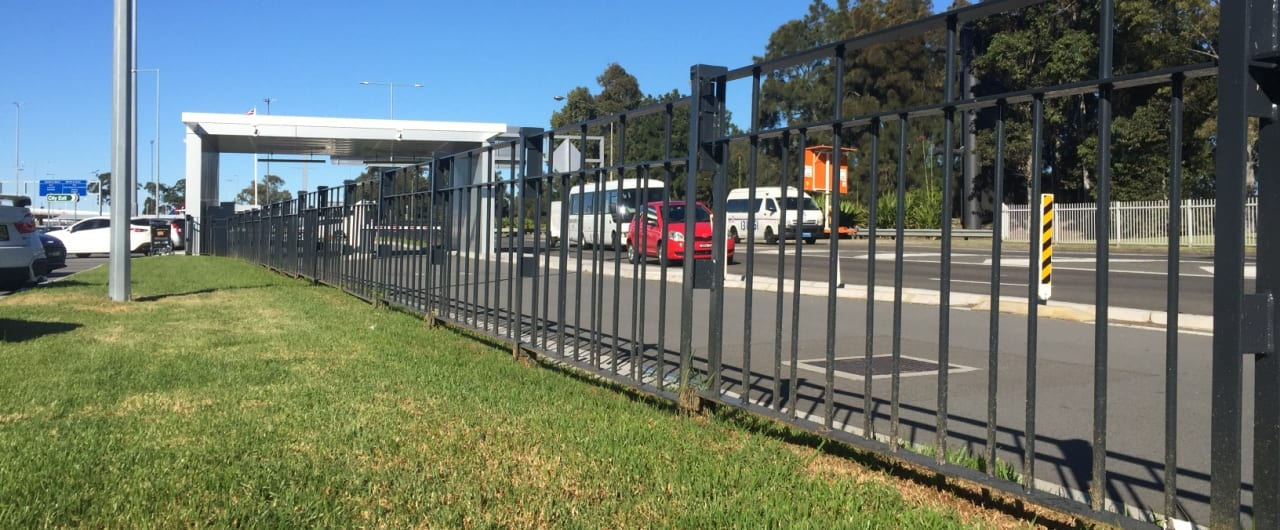type 5 pedestrian fencing project at the sydney airport