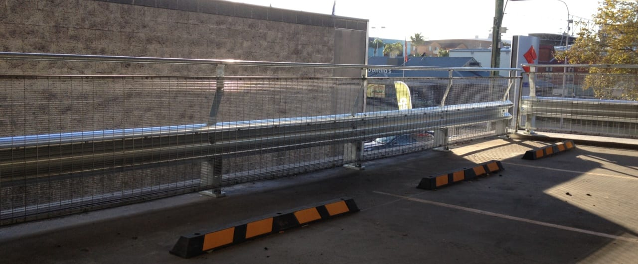 wollongong council car park perimeter edge protection with rhino stop