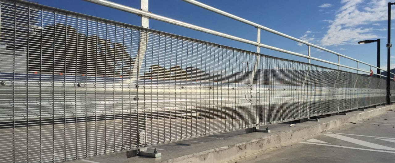 wollongong hospital car park split level protection with rhino stop sky edge