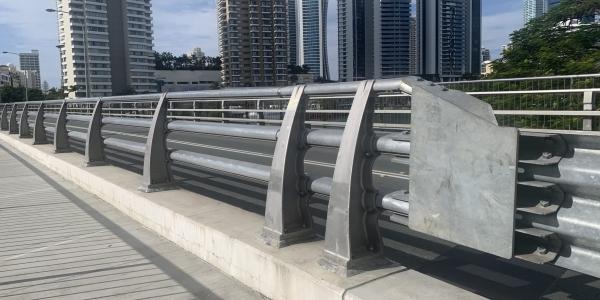 VGAN300 safety bridge barrier