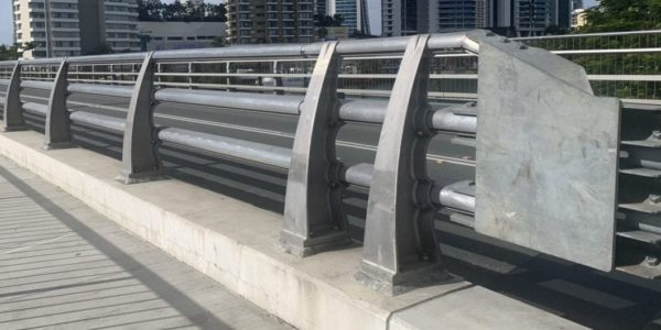 VGAN300 safety bridge barrier